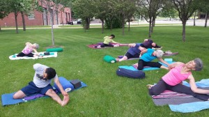 Yoga in the great outdoors convenient to St. Paul, Shoreview, Roseville, Como Park